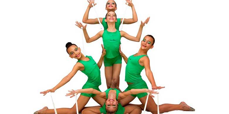 Disponemos de clases de gimnasia rítmica para los más pequeños